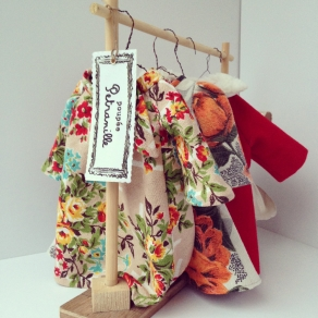 Petranille:Clothes